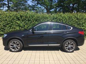 Fahrzeugbilder zum Gebrauchtwagenverkauf BMW X4 seite links